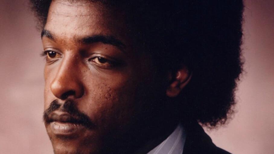 Журналист Dawit Isaak заключен в тюрьму Эритреи. Семь его коллег уже умерли в ее застенках.