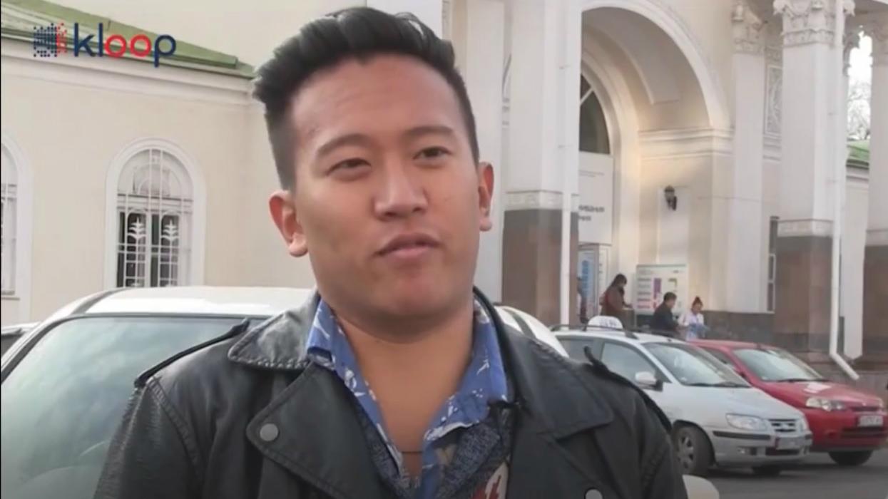 Джон Цао узнал об обязательной регистрации в хостеле.