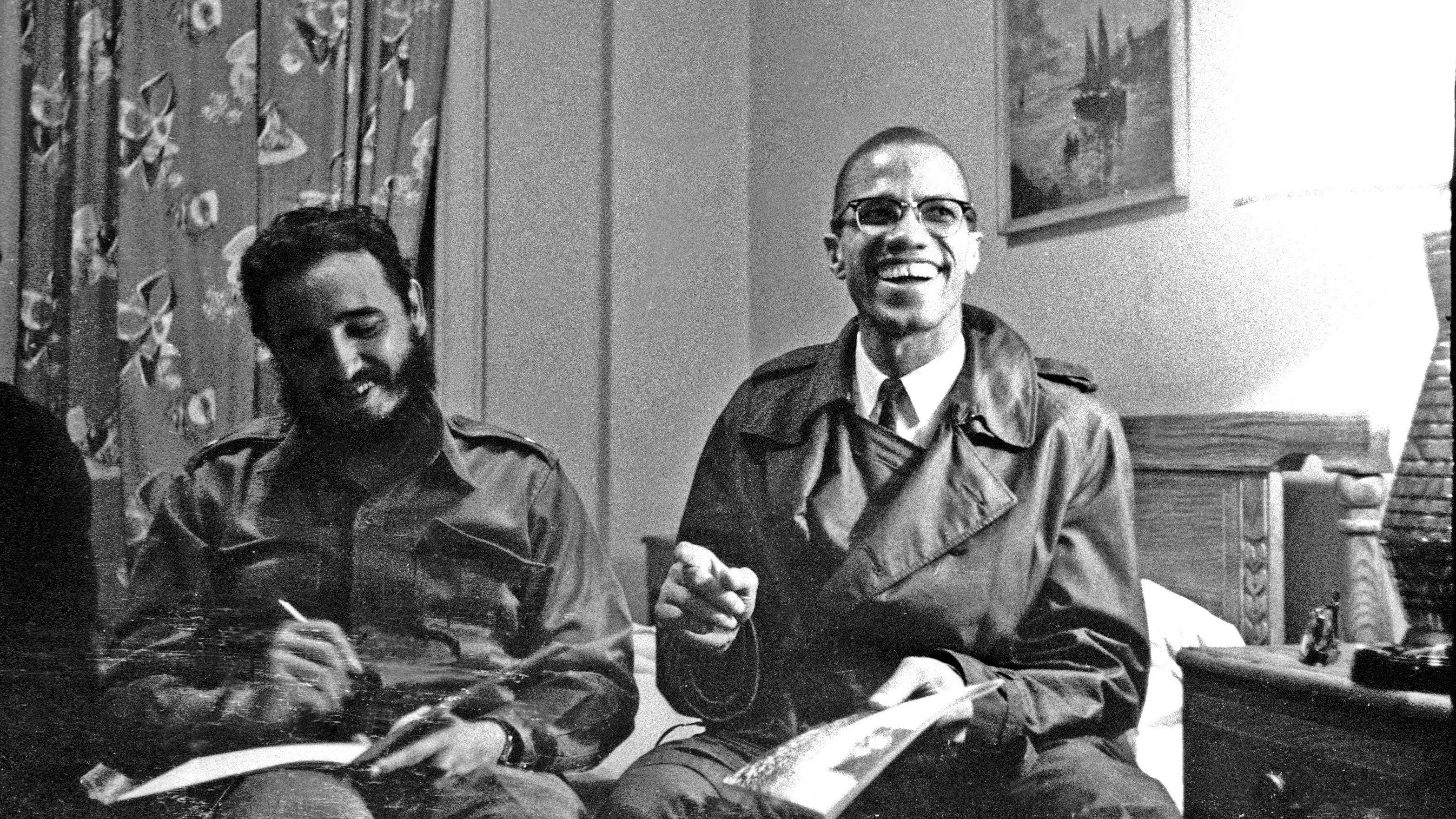 Фидель Кастро и американский исламский духовный лидер Малкольм Икс.