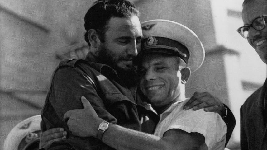 Фидель Кастро и советский космонавт Юрий Гагарин.