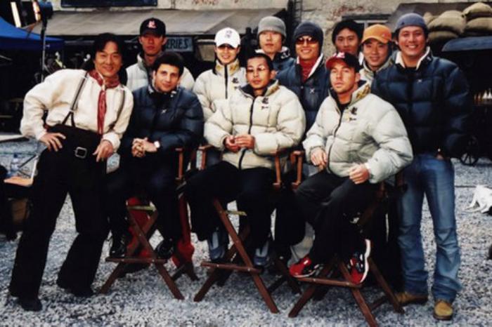 «Sing Кар Pan» - команда каскадеров Джеки Чана.