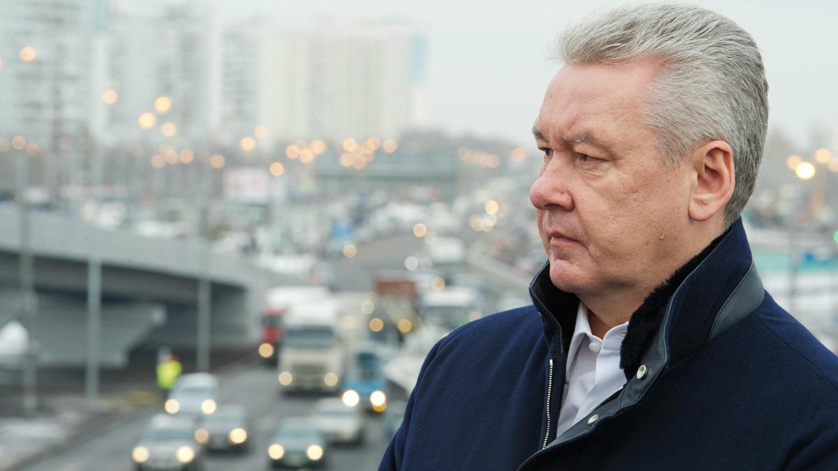 Мэр Москвы Сергей Собянин высказался, что кыргызские мигранты «не добавляют безопасности». Фото: Департамент социальной защиты населения Москвы