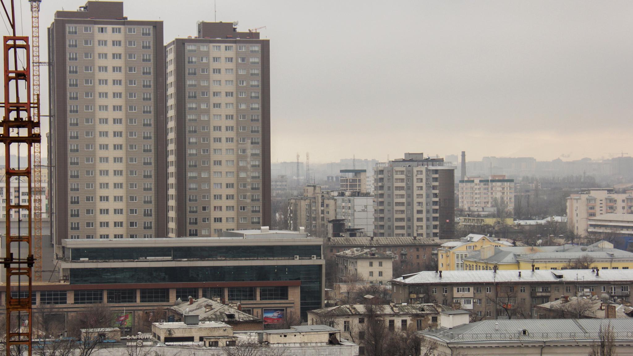 Бишкек парк неузнаваем, если смотреть на него сверху. Правда, ничего волшебного в его бетонных коробках нет.