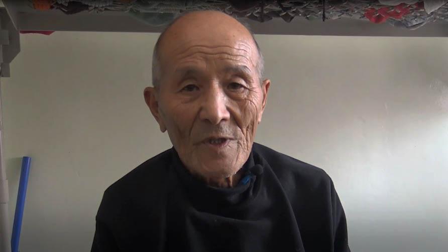 Борис Цой когда-то был следователем. Теперь он - бездомный.