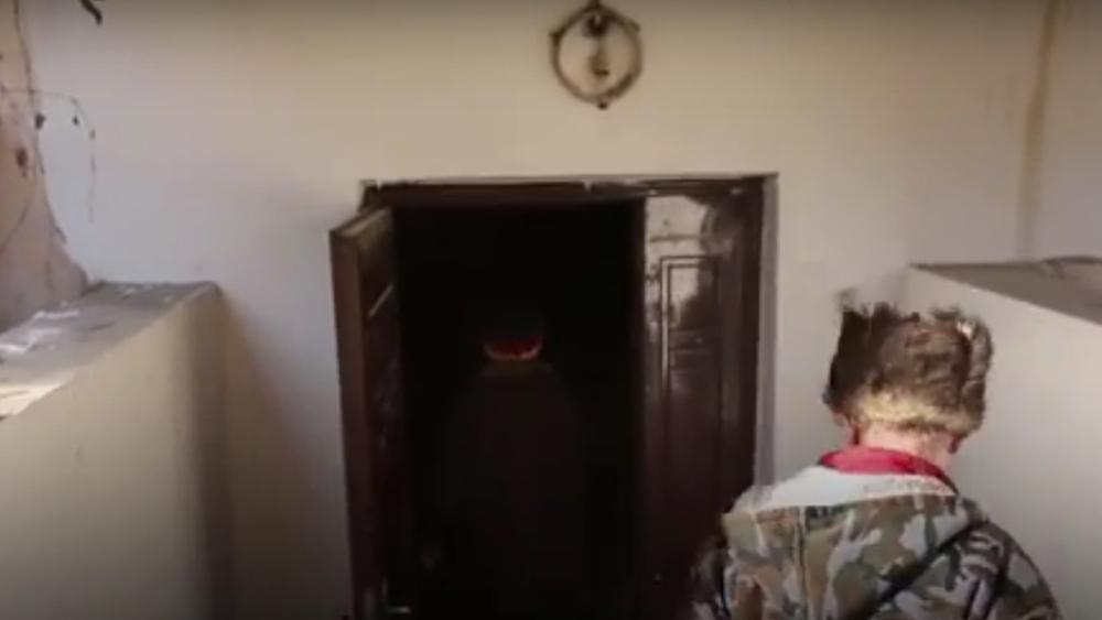 Жители дома, в подвале которого они жили, до сих пор с теплотой вспоминают своих пенсионеров.