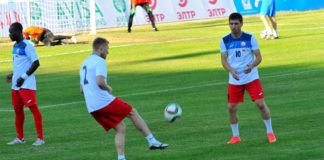 Сборная Кыргызстана по футболу в матче против Австралии