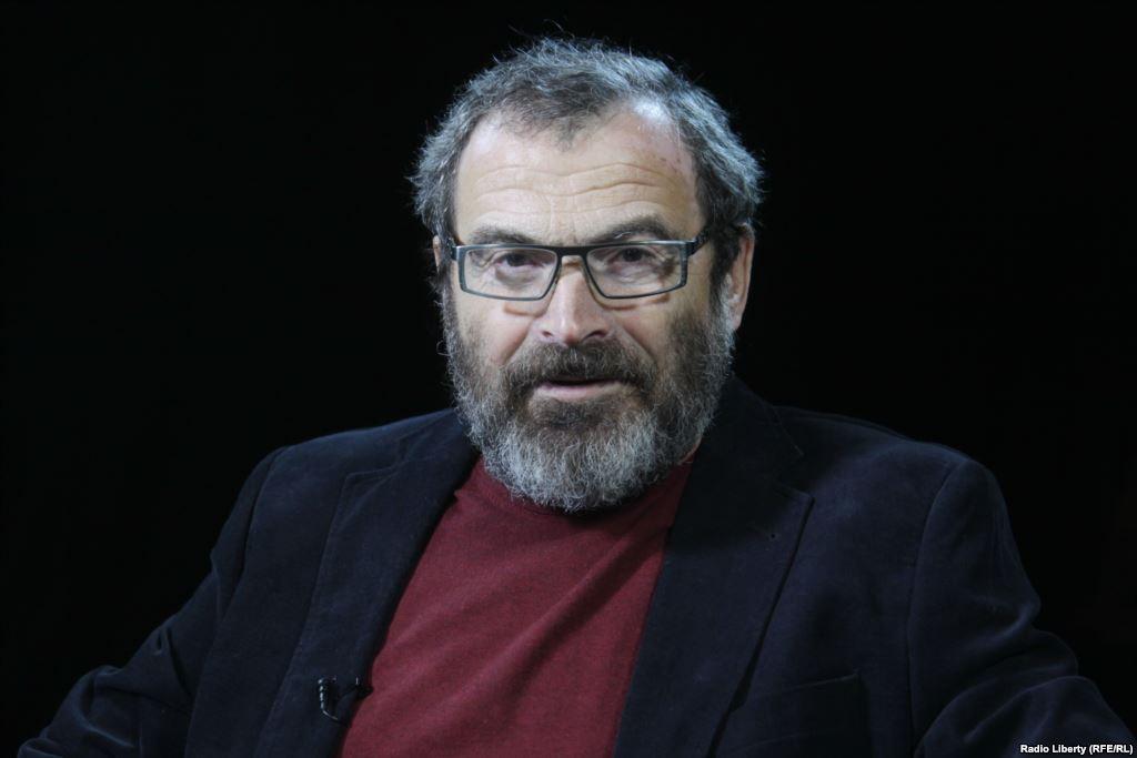 Аркадий Дубнов Саясий серепчи, Борбор Азия боюнча баяндамачы