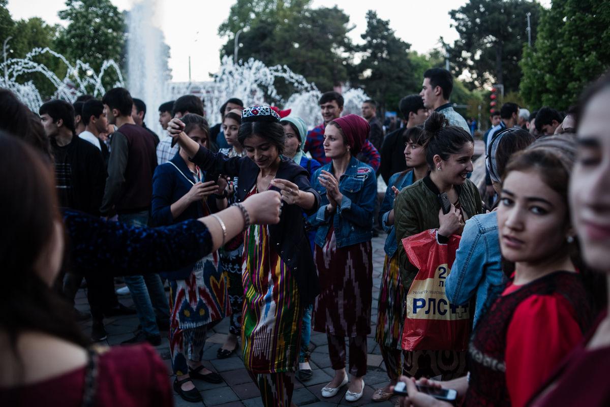 Бесплатный гей знакомства таджикистан знакомства ижевск лавпланет