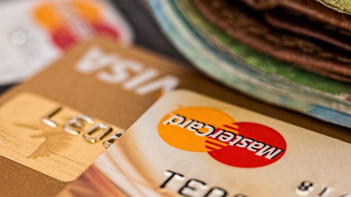 bank_card_02.jpg