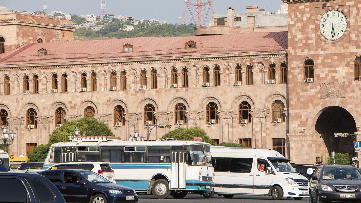 Ереванский суд освободил из-под стражи  экс-президента Армении Кочаряна